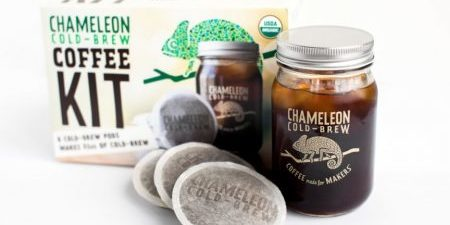 chameleon-cold-brew-coffee-pods-72oz-jar-041117.png-e1497393589804