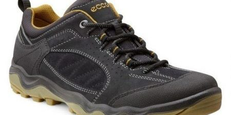 Ecco Ulterra Lo High-end Light Hikers | Practical Travel Gear 1